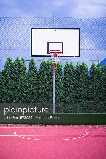 Basketball court in Italy - p1149m1573083 by Yvonne Röder