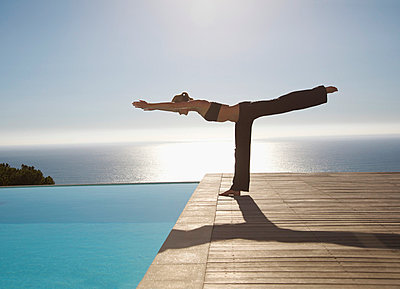 Yoga - p6691567 by Jutta Klee photography