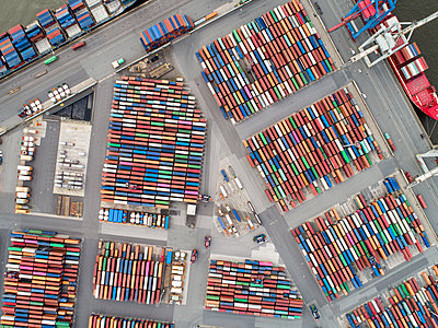 Containerhafen Hamburg, Luftaufnahme - p1079m2175933 von Ulrich Mertens