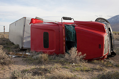 Accident - p1291m1116149 by Marcus Bastel
