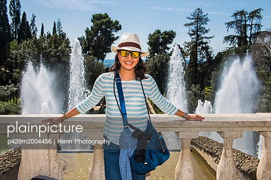 p429m2004456 von Henn Photography