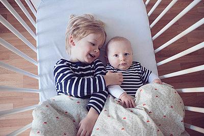 Brüder - p809m1195546 von Angela Elbing