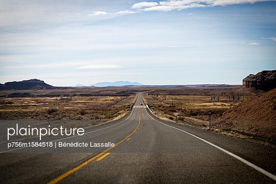 Straße - p756m1584518 von Bénédicte Lassalle