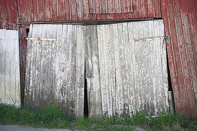 Ramshackle - p1003m738119 by Terje Rakke