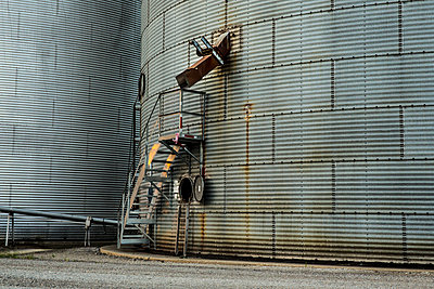 Metal Silo - p1291m1362440 by Marcus Bastel