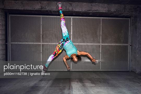 Stuntmen - p930m1162738 von Phillip Gätz