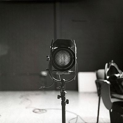 Scheinwerfer - p1090m886508 von Gavin Withey