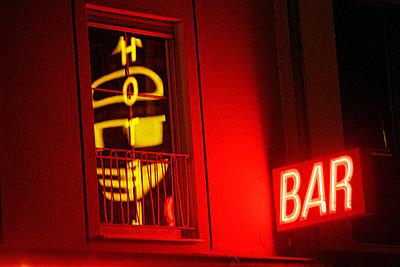Bar near main railroad station - p4902776 by Jan Mammey