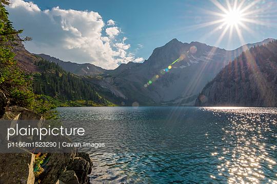 p1166m1523290 von Cavan Images