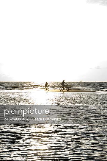 Sandbank - p162m886487 von Beate Bussenius