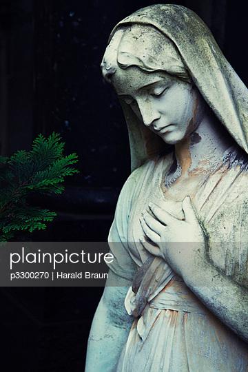 Friedhofsstatue - p3300270 von Harald Braun