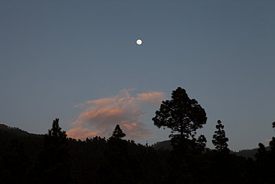 moon above montains - p1095m2090140 by nika