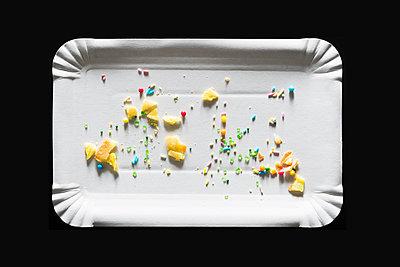 Crumbs - p1149m1222999 by Yvonne Röder