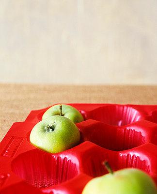 Grüne Äpfel - p2370124 von Thordis Rüggeberg