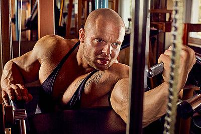 Bodybuilding - p1200m1159355 von Carsten Goerling
