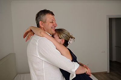 Happy couple at home - p1363m2177563 by Valery Skurydin