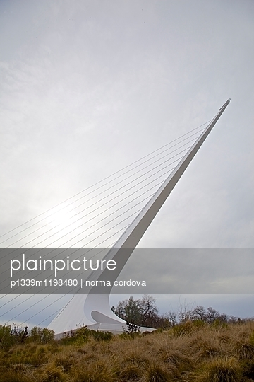 Sundial Bridge - p1339m1198480 von norma cordova