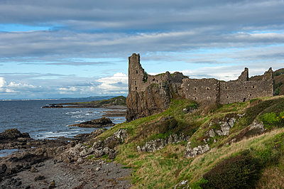 The 13th century Dunure Castle, built by Clan Kennedy, Carrick Coast, Ayrshire, Scotland, United Kingdom, Europe - p871m2152442 by James Emmerson