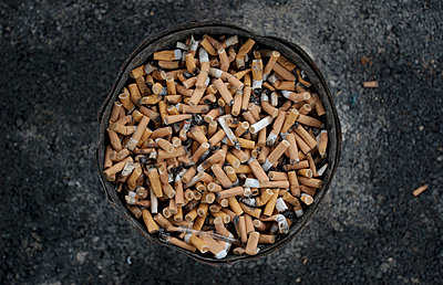 Lung cancer - p388m818506 by Allan David
