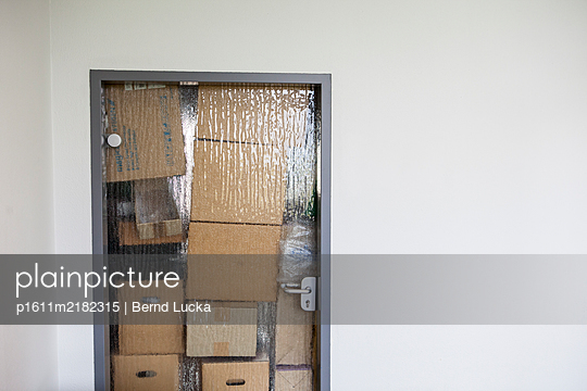p1611m2182315 by Bernd Lucka