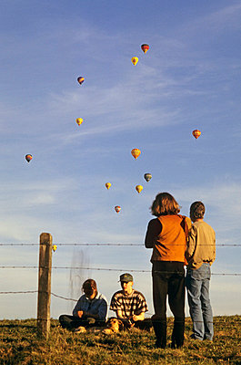 balloons - p2687591 by Andres Wertheim
