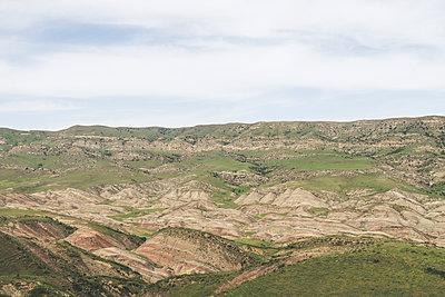 Steppe in Georgia - p795m1592085 by JanJasperKlein