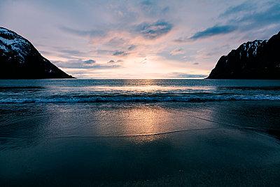 Idyllic bay at sunset - p1168m1132622 by Thomas Günther