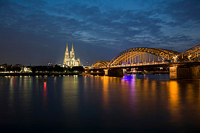 River rhine in cologne - p9248187f by Image Source