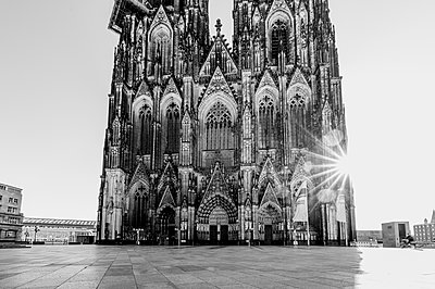 Cologne Cathedral against the light - p1637m2211669 by Vogel