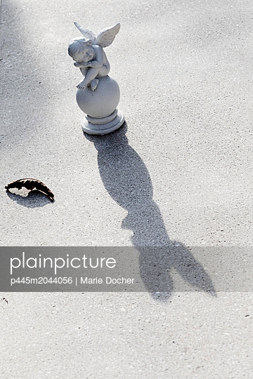 p445m2044056 von Marie Docher