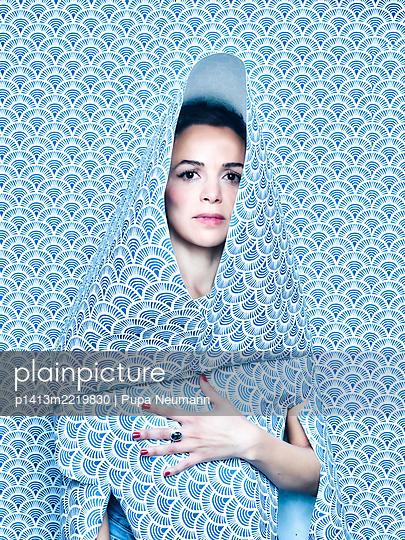 Wallpaper dress - p1413m2219830 by Pupa Neumann
