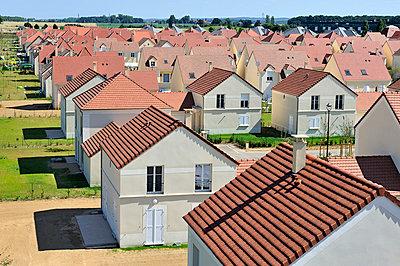 Neubaugebiet - p1111m886356 von Jean-Pierre Attal