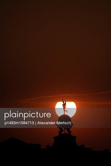 Sonnenuntergang über der Punta della Dogana, Venedig II - p1493m1584713 von Alexander Mertsch
