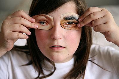 Falsche Augen - p2880073 von Freiraum-Photo