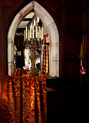 Candelabra in arched stonework of Grade I listed Elizabethan manor house in Kent  - p349m789799 by Brent Darby