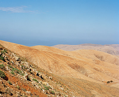 Berge auf Fuerteventura - p1097m918373 von Mélanie Bahuon