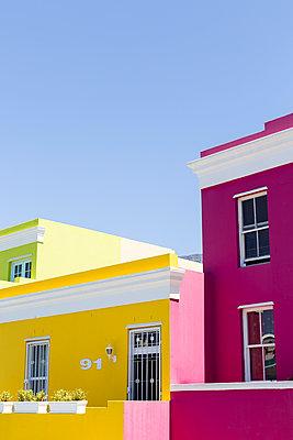 Häuseransicht in Bo Kaap - p1351m1195724 von Janine Meyer