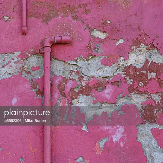 Peeling plasterwork on Venice building exterior. - p8552306 by Mike Burton