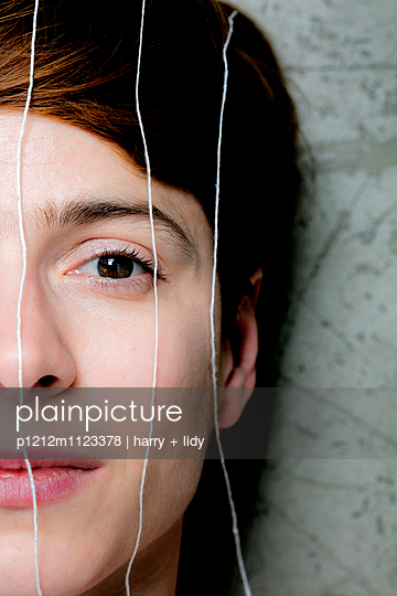 String - p1212m1123378 by harry + lidy