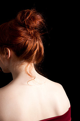 Redhead From Behind - p1248m1550478 by miguel sobreira