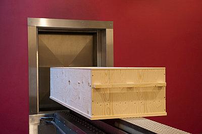 Cremation - p896m836067 by Sabine Joosten