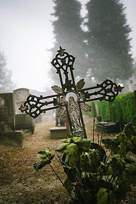 Friedhof - p305m1476060 von Dirk Morla