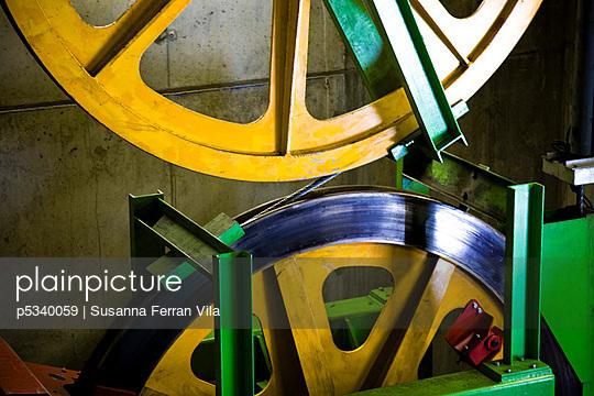 Cable-car turbine - ski resort - p5340059 by Susanna Ferran Vila