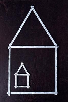 Housebuilding - p1149m2126934 by Yvonne Röder