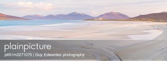 Luskentyre Beach, Isle of Harris, Outer Hebrides, Scotland - p651m2271075 by Guy Edwardes photography