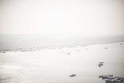 Varanasi - p1007m1059951 by Tilby Vattard