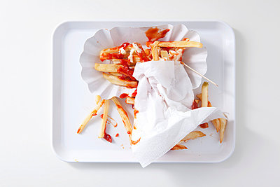 French fries on a tray - p4541111 by Lubitz + Dorner
