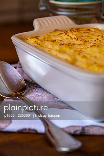 Delicious cottage pie - p1655m2253881 by lindsay basson