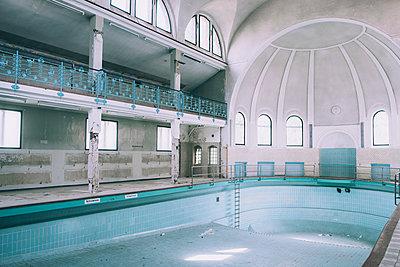 Abandoned - p1507m2020568 by Emma Grann