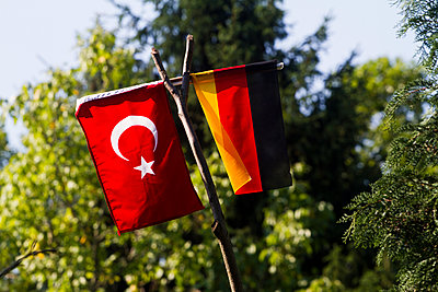 German and turkish flag - p417m1059674 by Pat Meise